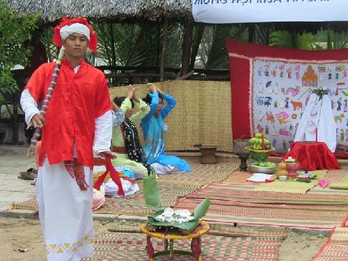 Rija nagar lễ hội đầu năm của người chăm