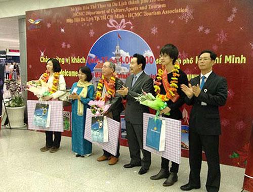 Tp hcm đón vị khách du lịch quốc tế thứ 4 triệu
