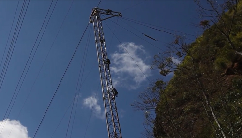 Cáp treo xây trên đỉnh fansipan thế nào