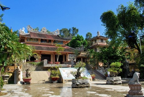 5 điểm du lịch tâm linh nổi tiếng tại việt nam