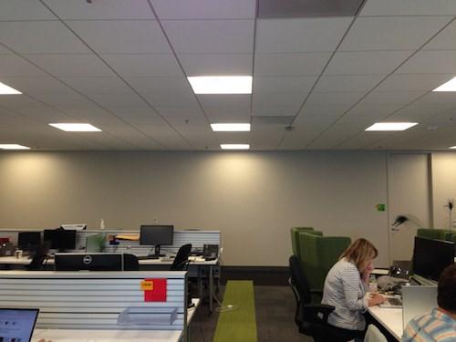 lột xác văn phòng làm việc bằng giấy nhớ