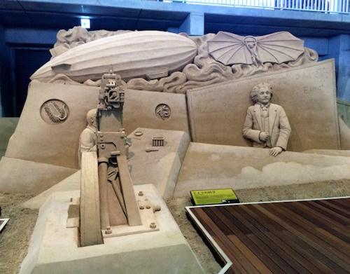 Choáng với những tác phẩm điêu khắc hoàn toàn bằng cát