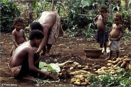 Kì lạ đảo quốc phụ nữ được quyền cầm cương đàn ông