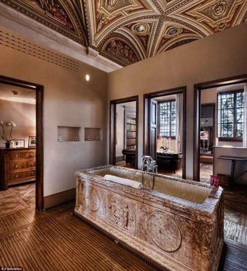 Lượn qua ngắm những phòng tắm chỉ con nhà giàu mới dùng