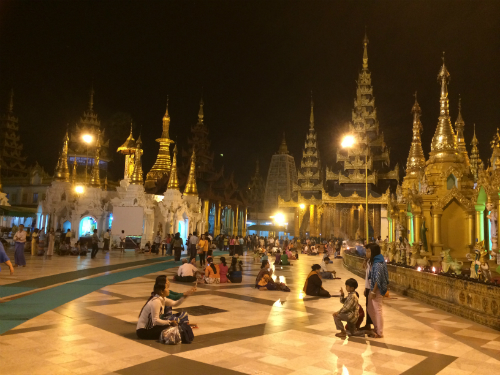 Myanmar nơi thời gian lùi lại