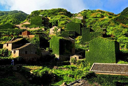 Ngôi làng như trong tranh trên đảo hoang ở trung quốc