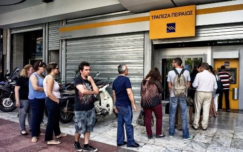 Du khách có nguy cơ cháy túi vì hy lạp đóng cửa ngân hàng