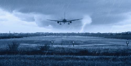 Những điều nên biết về chuyến bay trong ngày mưa bão