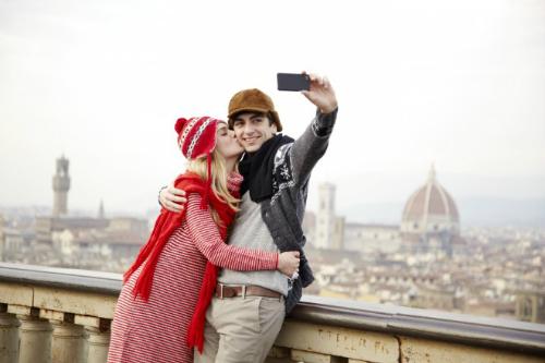 25 dân anh sẵn sàng bỏ người yêu để du lịch miễn phí