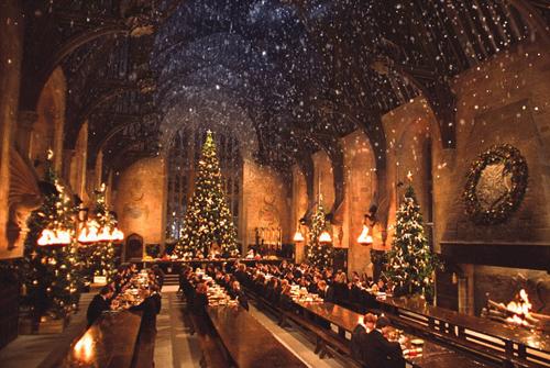 Fan harry potter đón tiệc giáng sinh ở trường hogwarts