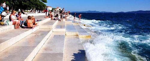 Cây đàn thần trên biển ở croatia