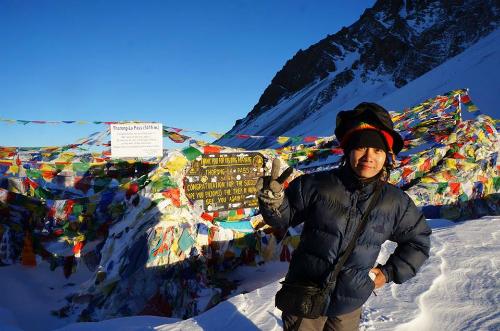 Cô gái sống sót qua bão tuyết himalaya bán tour leo núi cho người việt