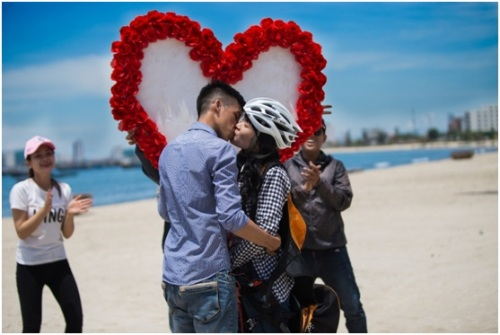 Màn tỏ tình lãng mạn nơi vùng eo tổ quốc