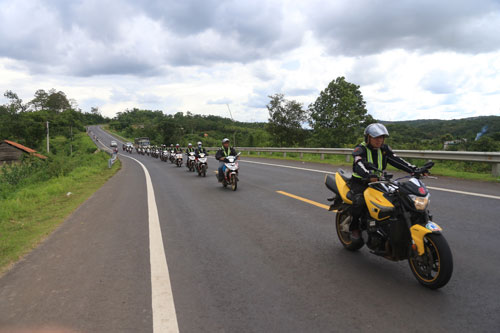Hành trình phượt từ thiện trên 1200 km