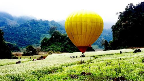 Ngắm mộc châu từ khinh khí cầu với 150000 đồng